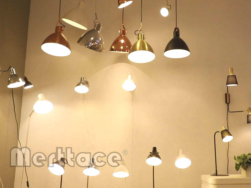High Quality Modern Classic Home Decoration Colorful Pendant Light M1301