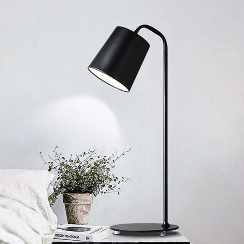 Nordic Design Macaron Color Round Table Lamp for Study M20154